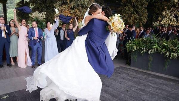 dividir la boda en dos, familia y amigos