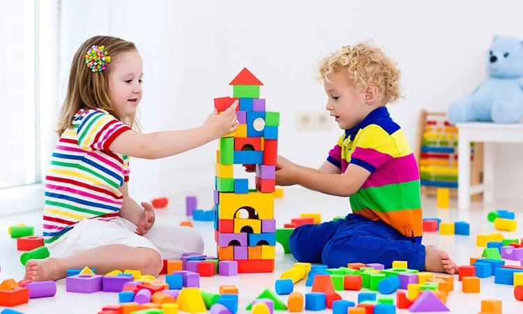¿Sabes realmente cuántos juguetes necesita un niño?