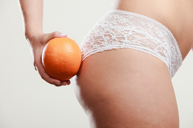 combate la piel de naranja y la celulitis con masajes.