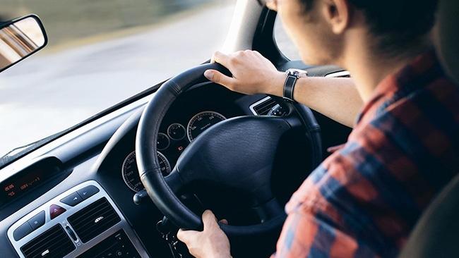 conducir de forma suave ayuda a alargar la vida del motor.